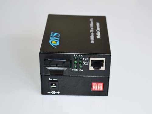 Çin ROHS 100M LFP Optical Fiber Media Converter For CATV / Network Tedarikçi