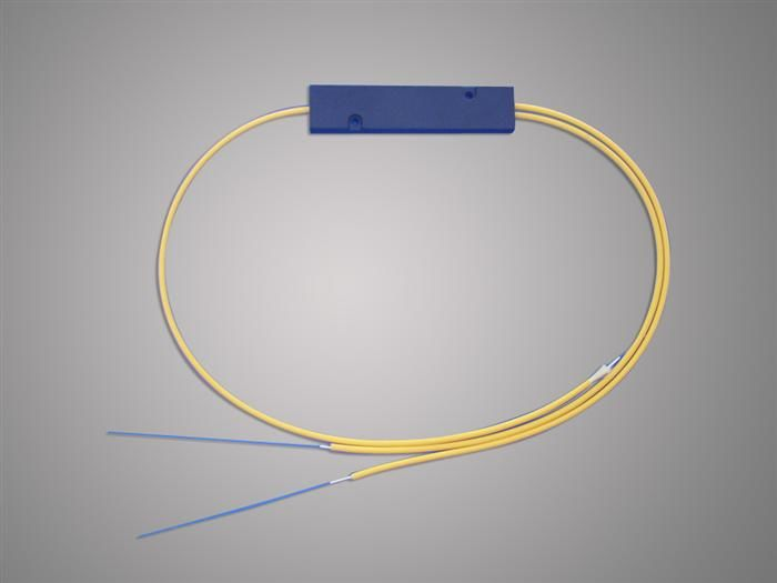 Çin High Reliability 1 * 2 FBT Optical Fiber Splitter 1310 / 1550nm For Local Access Ntwork Tedarikçi
